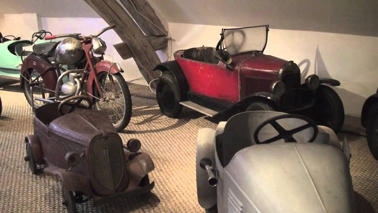 voiture a pedales pedal car collection voitures a pedales. Black Bedroom Furniture Sets. Home Design Ideas
