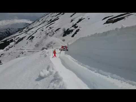 Schneeräumung Dampfbahn Furka-Bergstrecke