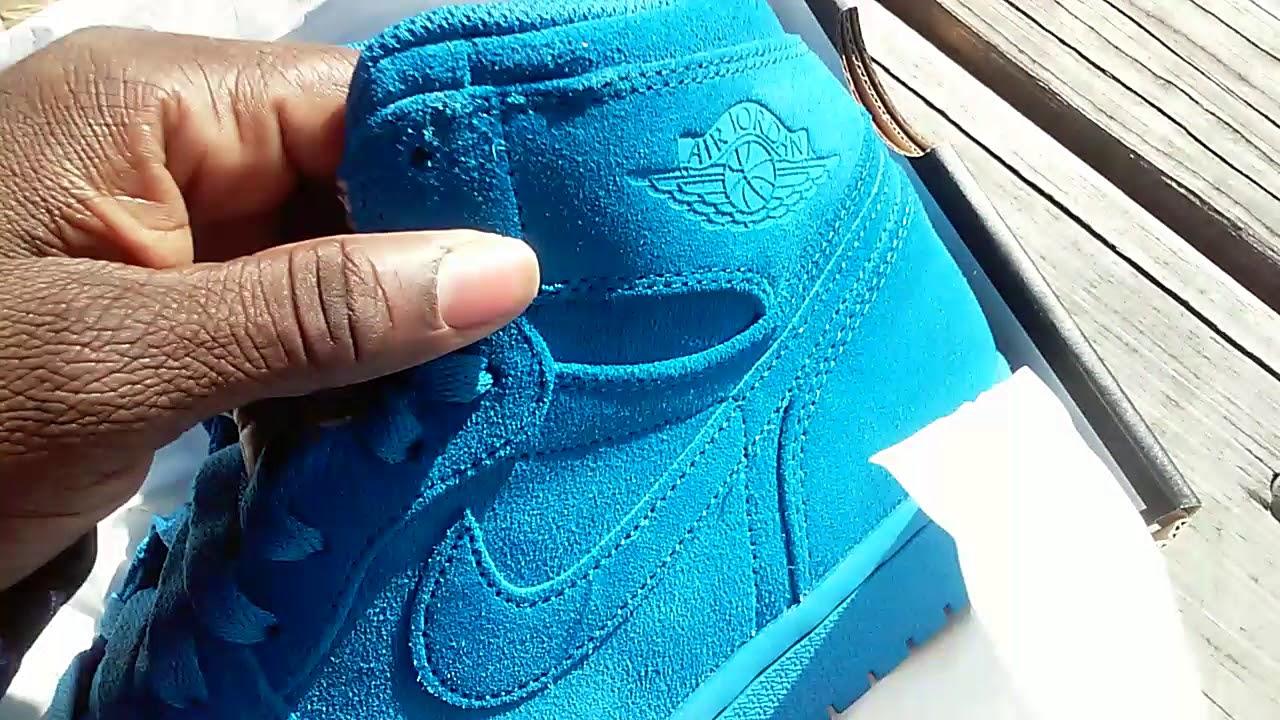 29b6af629f80bc Sneaker Sharks  NIKE Air Jordan 1 Retro High Blue Suede Video 354 ...