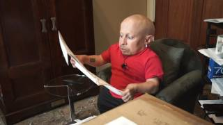 MailTime #15 Unboxing with Verne Troyer: Boob Painting? I Was in Playboy Magazine?