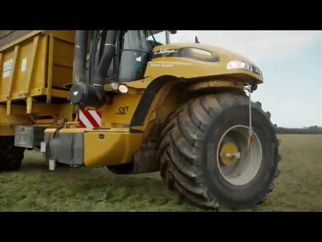 BKT AGRIMAX RT 600 during spreading operation