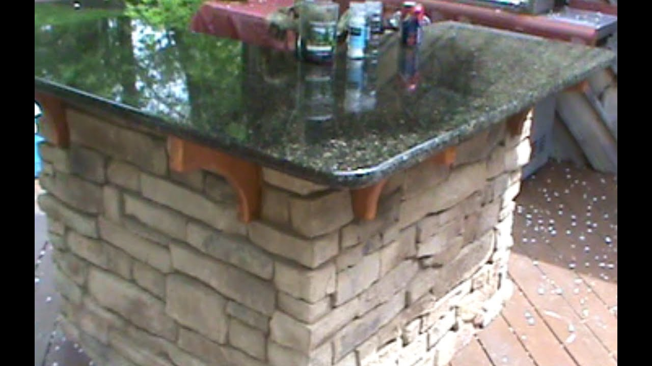 How to build a Cultured Stone Outdoor Bar - YouTube