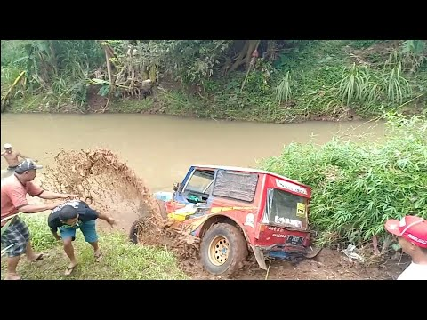 Jimny jangkrik vs Vitara body jimny | offroad Extreme