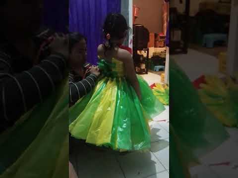 DIY BUNGA GANTUNG DARI KANTONG PLASTIK KRESEK BEKAS | PLASTIC BAG FLOWER HANGING.