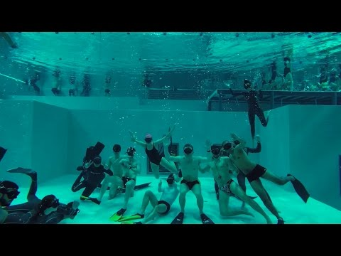 Nemo33 - 7ème Apnée - FreeDiving in a Deep Swimming Pool