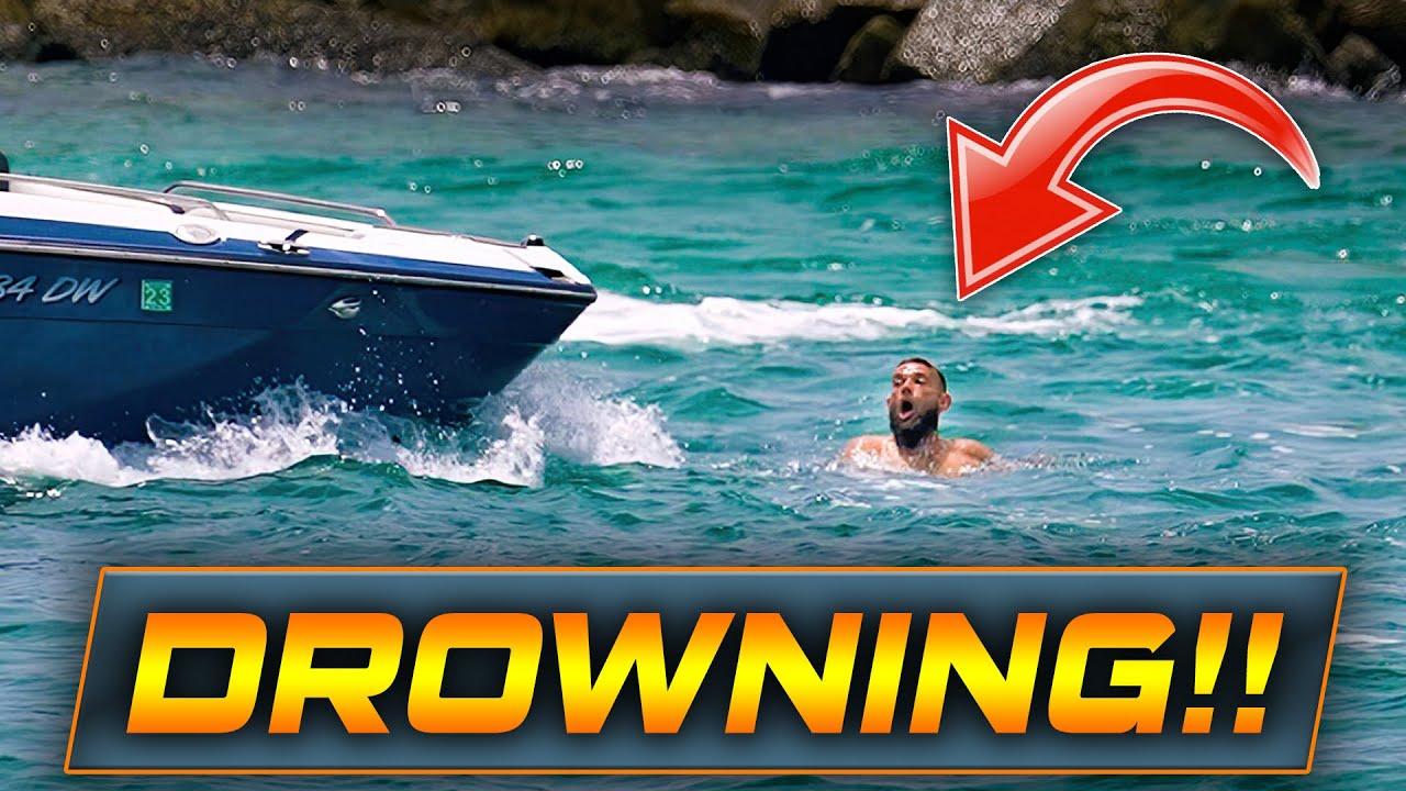 WARNING: MAN DROWNING AT HAULOVER INLET!   Boats vs Haulover   Wavy Boats