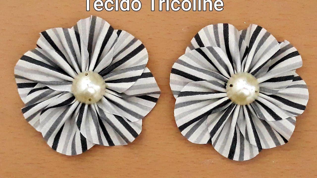 Flor Delicada de Tecido Tricoline/ Delicada Flower of Tricoline Fabric