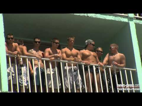 Cincinnati firefighters' spring break revue on Fort Myers Beach Mp3