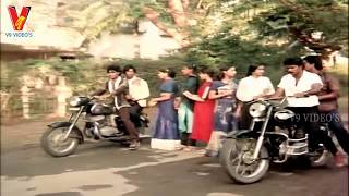GANG RAPE IN THE MIDDLE OF THE ROAD | NIPPULANTI MANISHI | BALAKRISHNA | RADHA | V9 VIDEOS