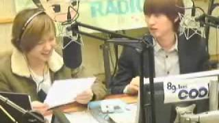 Download [20101201] kiss the radio special DJ onew ho-ho-ho. MP3 song and Music Video