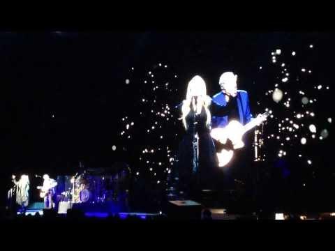 Fleetwood Mac - Landslide (Live acoustic, Oslo 20.10.2013) HD