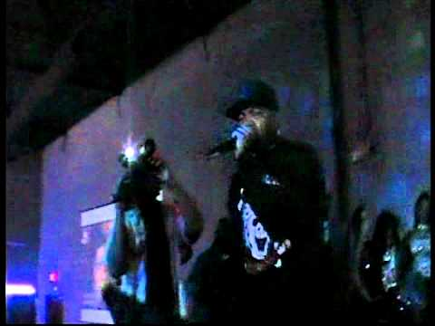THREE 6 MAFIA  SIPPIN ON SOME SYRUP LIVE 618 PT 1