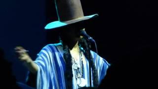 Erykah Badu - On & On (2015 Summer Spirit Festival)
