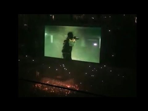 Kanye West goes on rant and cuts his concert short