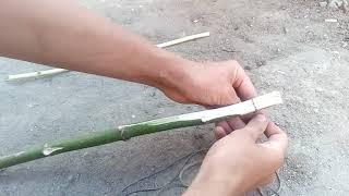 Как сделать  лук и стрелы из палок