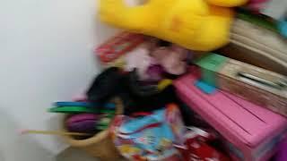 Дитяча кімната, прибираємо зайві іграшки