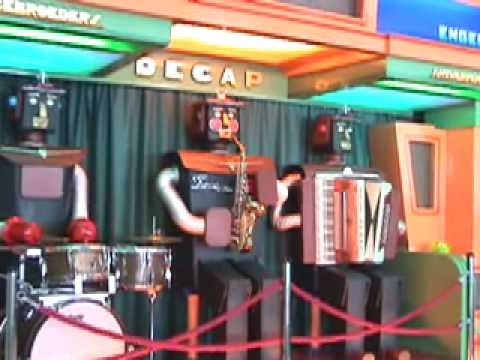 JACKSON PLAYED BY ROBOT BAND