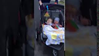 virtual twins loving their baby trend expedition double jogger