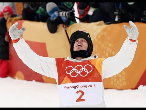 Two-time champion Shaun White competes in Olympic halfpipe