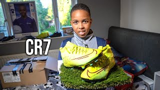 MY MOST VALUABLE PAIR OF RONALDO  FOOTBALL BOOTS!!