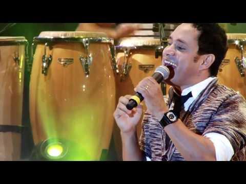 Lábios Divididos (Official Vídeo) Moleca 100 Vergonha, Ao Vivo em Araripina | 4º DVD 2013