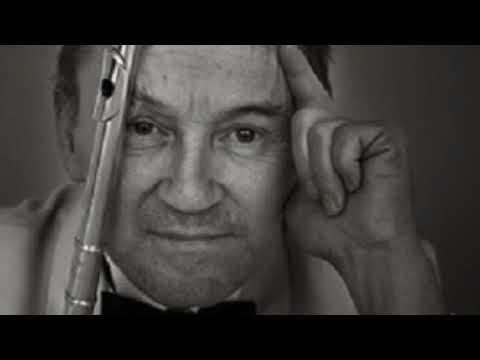 N. Paganini: Capriccio n. 5 in A minor. Flute: Alain Marion Live