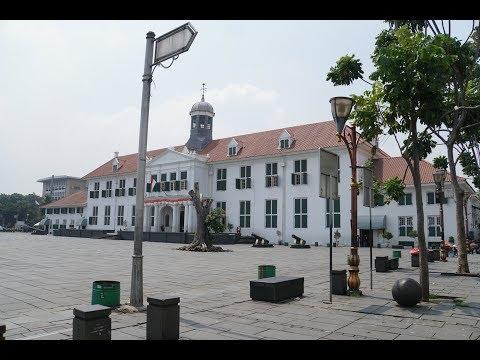 Interviewing about Jakarta History Museum, Kota Tua
