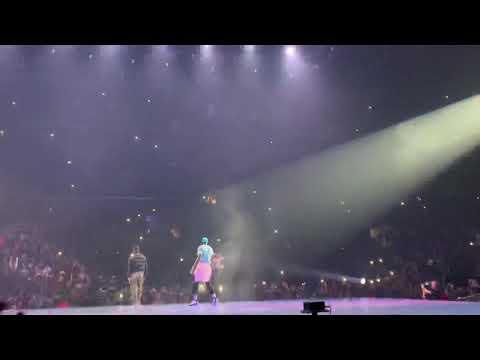 Drake W/ Travis Scott - Goosebumps (live In Los Angeles)