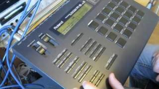 Roland R8 MKII pattern editing R-8 drum machine