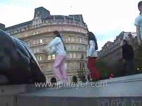 London, England travel: Trafalgar Square