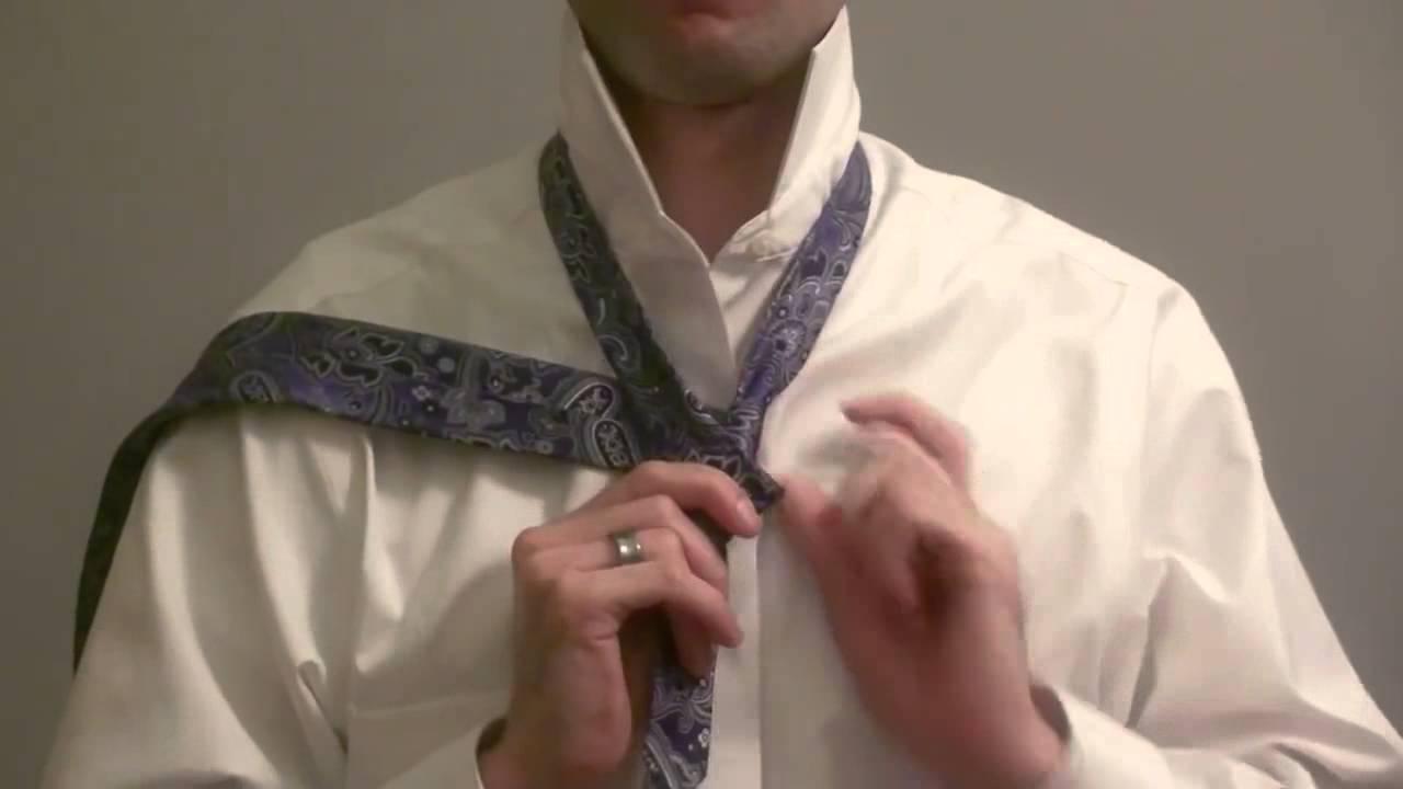 C mo hacer el nudo de corbata windsor paso a paso en for Nudo de corbata windsor