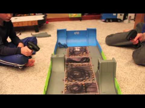 Kaotiks Psychoplex Review.  Kaotiks RC Stunt Cars Travel Video