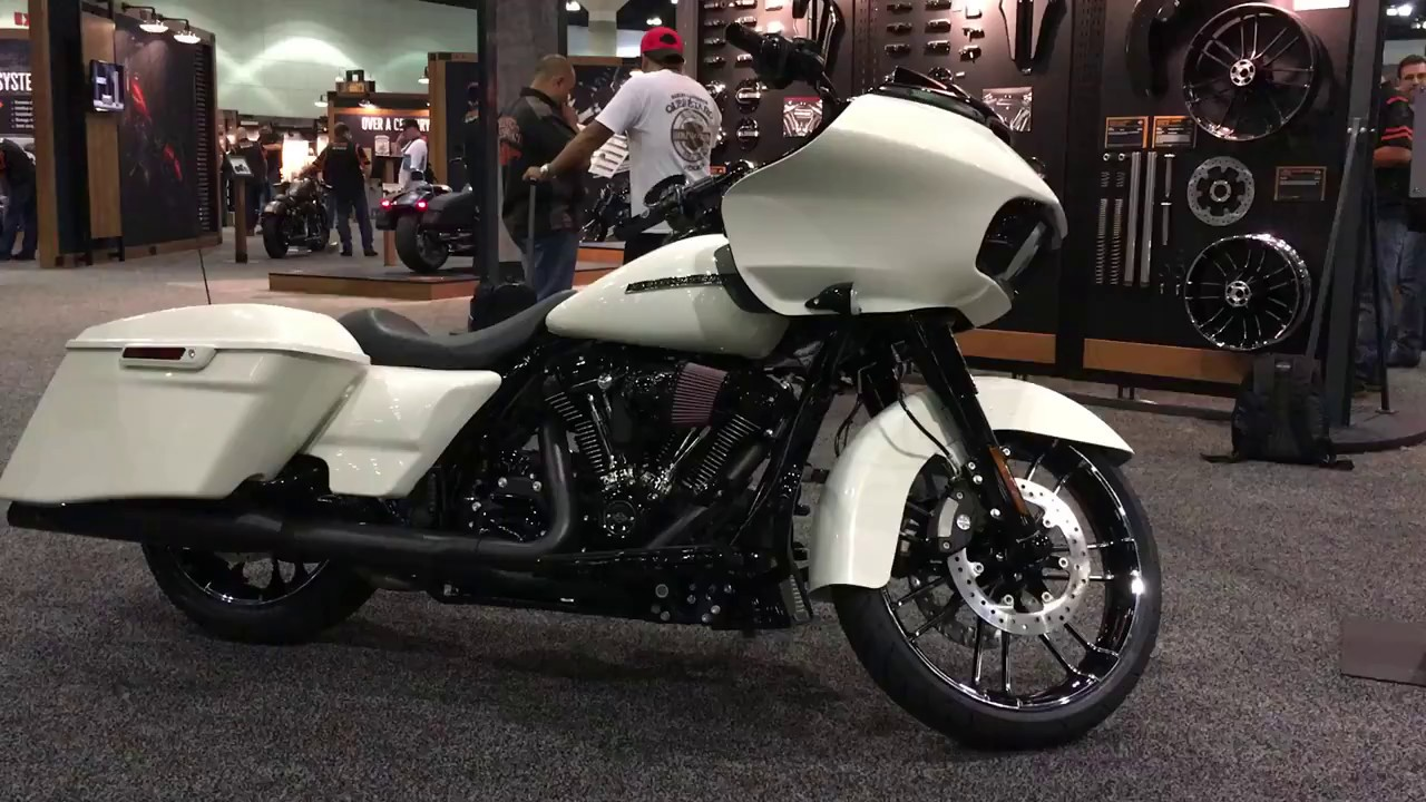 Customized Road Glide ...