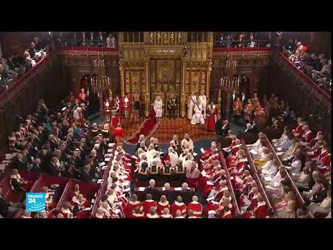 الملكة اليزابيث تعرض برنامج جونسون التشريعي وعلى رأسه الخروج من الاتحاد الأوروبي  - نشر قبل 2 ساعة