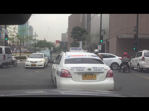 Everyday Slice of Pinoy Pie: We're Going to Eastwood Metro Manila Driving Educational