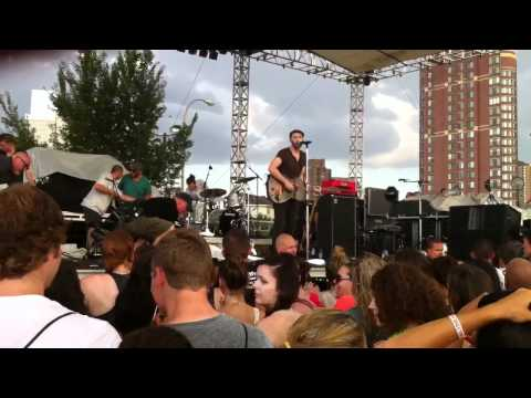 Mat Kearney - Bennie and Johnnie (Live at...