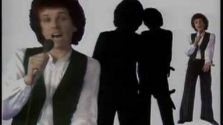 Watch Leo Sayer How Much Love video