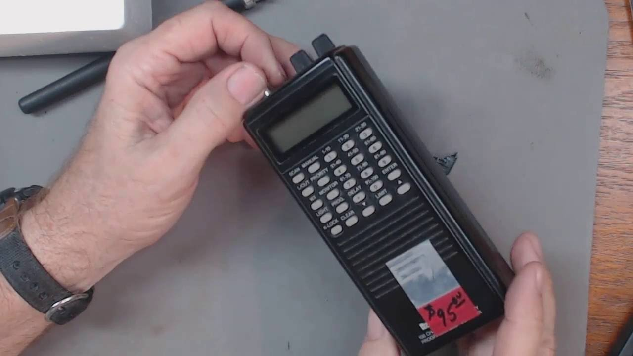 TRRS #0877 - Radio Shack Pro-46 Scanner Radio