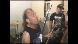 STREET FEAR - Disrupt / Cripple Bastards (Campo Grande-MS, Live MATADEUS)