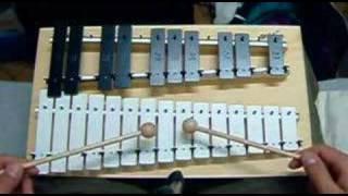 Playing GOLDON METALLOPHON - 02