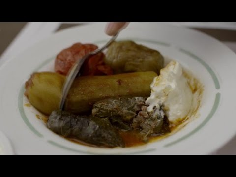 Is there still a place in Istanbul for romantics? (Anthony Bourdain Parts Unknown)