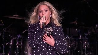 Beyonce & Jay Z Joins at Hillary Clinton Concert in Cleveland