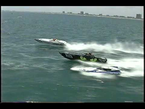 Small boat jumps BIG WAVE Pantera Boats Offshore Race