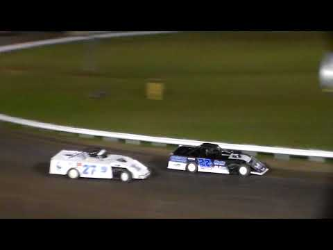 Modified Heat 5 @ Farley Speedway 10/20/17