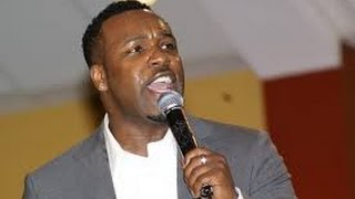 Awesome God Vashawn Mitchell with Lyrics