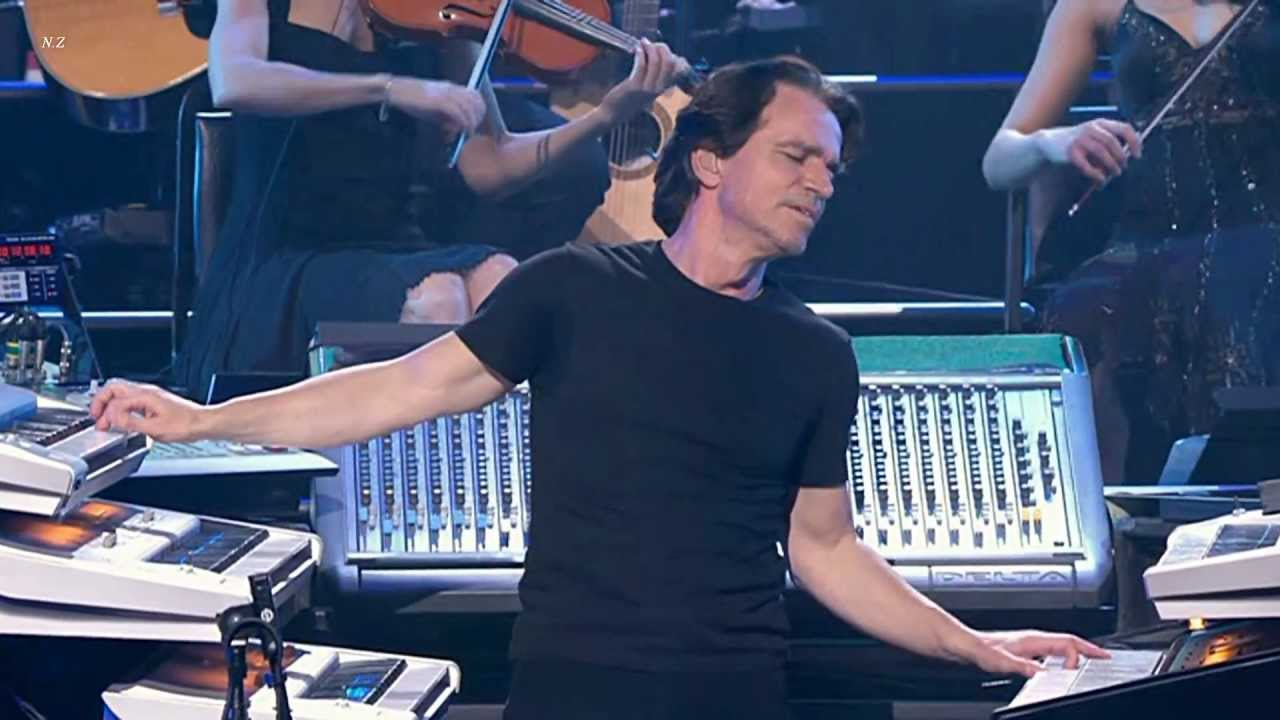 Yanni - Santorini 2009 Live Video HD