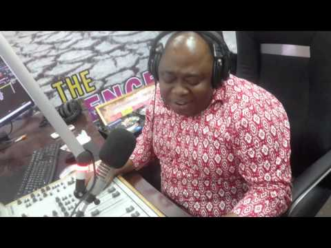 Video: Kwame Adinkrah sings with Daddy Lumba Live