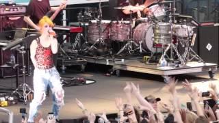 10/17 Paramore - Looking Up @ Parahoy (Show #1) 3/05/16