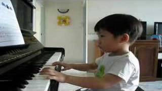 Ethan Poh (3-year-old) practising at home