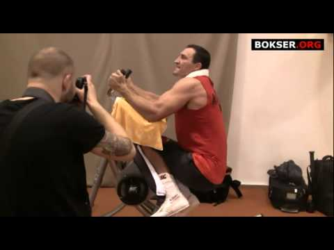 Wladimir Klitschko training strength and muscles<a href='/yt-w/MNtrqngXGT0/wladimir-klitschko-training-strength-and-muscles.html' target='_blank' title='Play' onclick='reloadPage();'>   <span class='button' style='color: #fff'> Watch Video</a></span>